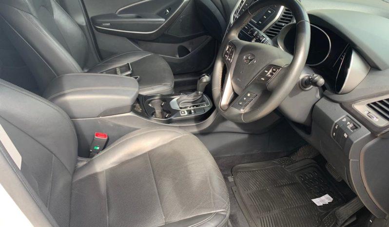 Used 2018 Hyundai Santa Fe – White full
