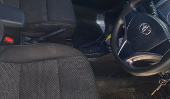 Used 2014 Toyota Yaris – White full